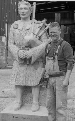 Artist Paul D'Arcy with Thomas Ashe 2017 Memorial Sculpture