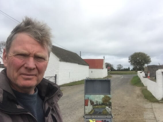 Artist Paul DArcy plein air painting